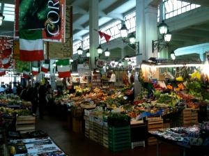 mercato piazza dell'unità light